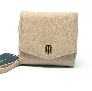 Tommy Hilfiger Blush Wallet